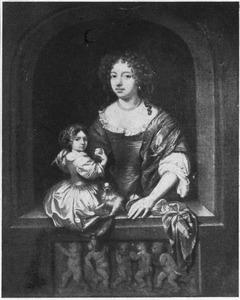 Portret van een vrouw en kind met een hondje in een venster