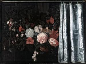 Trompe-l'oeil met een bloemstuk en een gordijn