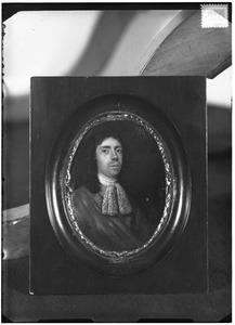 Portret van mogelijk Joost van Heemskerck (1649-1717)