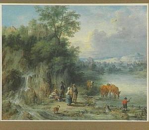 Rivierlandschap met rustende reizigers aan de oever en koeien in het water
