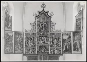 Christus voor Pilatus, de gevangenneming van Christus, Ecce Homo (binnenzijde linkerluik); De annunciatie, de aanbidding der herders, de opstanding van Christus, de besnijdenis, de presentatie in de tempel, de kruisdraging, de kruisiging, de kruisafneming (midden); De tenhemelopmening, de uitstorting van de Heilige Geest, de graflegging (binnenzijde rechterluik)