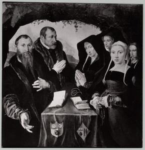 Portret van een familie (oorspronkelijk binnenzijden vleugels van een drieluik)