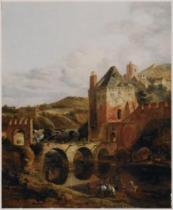 Gezicht op een versterkte stad aan een rivier, op de voorgrond twee ruiters die hun paarden drenken