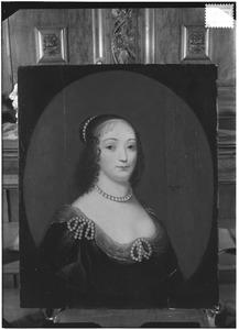 Portret van mogelijk Theodora van Wassenaer (1607-1679)
