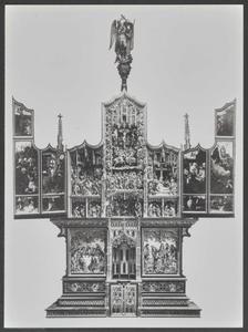 De annunciatie, de visitatie, Christus neemt afscheid van Maria, de gevangenneming, Christus voor Pilatus (binnenzijde linkerluik); De aanbidding van het Christuskind, de besnijdenis, de Boom van Jesse, de presentatie in de tempel, de aanbidding der Wijzen, de kruisdraging, de kruisiging, de bewening (middendeel); De vlucht naar Egypte, Christus'dispuut met de tempelgeleerden, de graflegging, Christus in limbo, de verrijzenis (binnenzijde rechterluik)