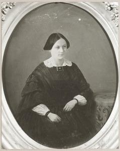 Portret van waarschijnlijk Françoise Cornelia Christina Cuinera Cluysenaer (1833-1859)