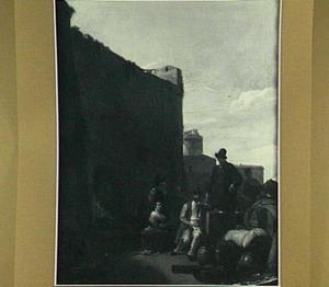 Zuidelijke havenplaats met figuren bij een stadsmuur