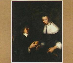 Interieur met een zittende man die een vrouw een citroen aanbiedt