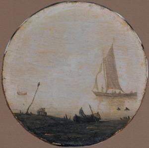 Zeegezicht met enkele scheepjes en twee dolfijnen