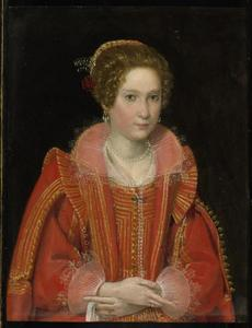 Portrait van een jonge vrouw in een rood kostuum