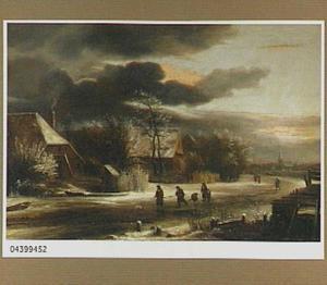 Winterlandschap met schaatsers bij een dorp