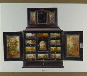 Ebbenhouten kunstkastje beschilderd met landschappen