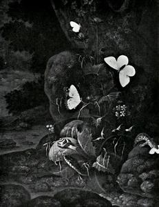 Bosstilleven met slang, hagedis, slak en vlinders rond een bloeiende distel bij een beekje