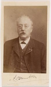 Portret van een man, mogelijk Adrianus Theodorus van Aken (1829-1899)