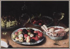 Stilleven met vruchten en gebak