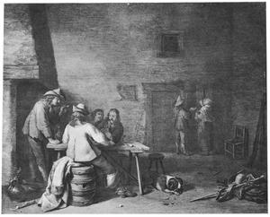 Kaartende en rokende soldaten in een herberg