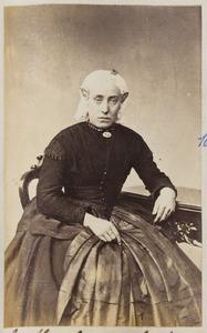 Portret van een vrouw uit familie Hoitsma