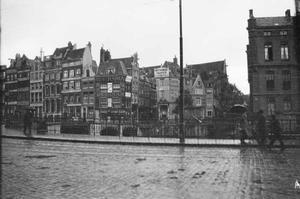 Gezicht op het Rokin te Amsterdam
