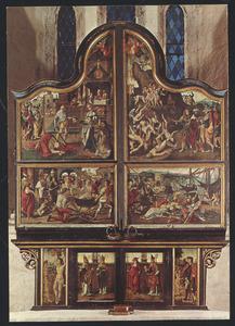 Het martelaarschap van de H. Johannes de Doper, het martelaarschap van de H. Johannes de Evangelist (buitenzijde linkerluik); Het martelaarschap van de H. Achatius en zijn 10.000 metgezellen, Het martelaarschap van de H. Ursula en de 11.000 maagden (buitenzijde rechterluik); De H. Sebastiaan, twee kerkvaders (buitenzijde linker predellaluik); Twee kerkvaders, de H. Rochus (buitenzijde rechter predellaluik)