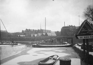 Gezicht op de Prinseneilandsgracht te Amsterdam