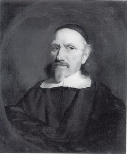 Portret van een man in zwarte kleding