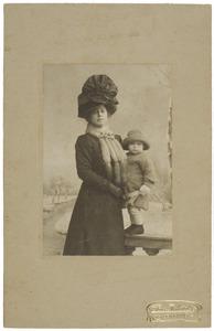 Dubbelportret van Louise Eugenie Scheuer (1877-1937) en Johannes Feikema