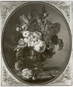 Bloemstilleven in een vaas op een marmeren blad