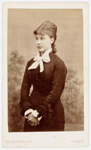 Portret van Jacoba Clara Frederika van Reenen (1857-1931)