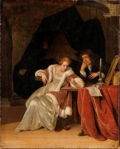 Jonge vrouw die een ring bekijkt en jonge man in een interieur