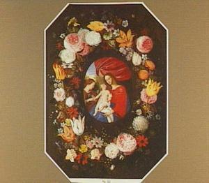 Bloemenkrans rond een voorstelling van Maria met Kind en vrouwelijke heilige, mogelijk (de mystieke verloving van) de H. Catharina