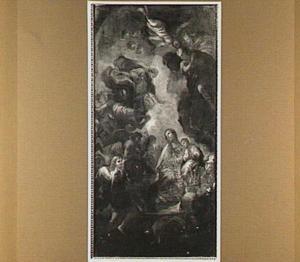 De Madonna omgeven door engelen in de wolken als visoen van een heilige