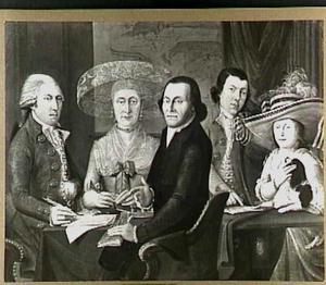 Groepsportret van drie onbekende mannen, een vrouw en een  meisje; op de achtergrond een kaart van Texel