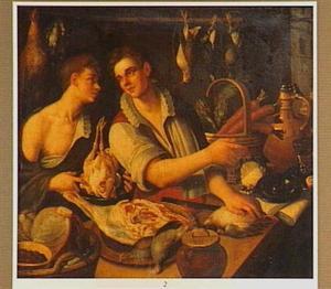 Twee jonge mannen achter een toonbank waarop vlees, gevogelte en groenten