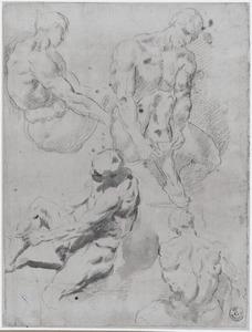 Vier studies van een figuur die een kous aantrekt