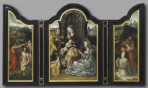 De doop van Christus in de Jordaan (links), de Heilige Familie en een vrouwelijke heilige (midden), Johannes de  Doper met stichter (rechts)