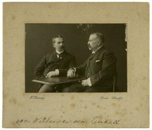 Portret van Jhr. Gerard Junius van Hemert (1854-1935) en Jhr. Willem Dirk Junius van Hemert (1851-1914)