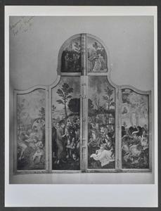 De doop van Christus in de Jordaan, de vermenigvuldiging van de broden (buitenzijde linkerluik); De vermenigvuldiging van de vissen, de transfiguratie (buitenzijde rechterluik); De verzoeking van Christus, Christus en de Samaritaanse vrouw (buitenzijde bovenluiken); Melchizedek zegent Abraham, het Laatste Avondmaal, het verzamelen van de manna (predella)