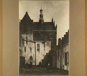 Gezicht in Culemborg, met blik op de westelijke gevel van het stadhuis, genomen in de Wagenweg voor 1860