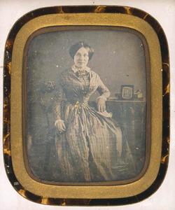 Portret van een vrouw, mogelijk Louise Ernestine van Hardenbroek (1827-1909)