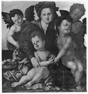 Maria met kind en putti