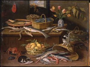 Stilleven met vissen, katten en tulpen