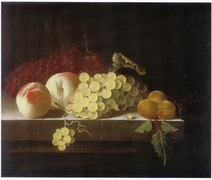 Stilleven van vruchten op een hardstenen tafel
