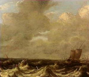 Zeelieden in een sloep en diverse zeilschepen op een ruwe zee