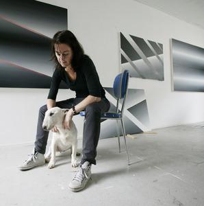 Linda Arts in haar atelier