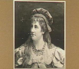 Portret van een dame in historisch kostuum