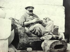 Brancusi in zijn atelier, 11 Impasse Ronsin, (15e arrondissement, Parijs), 1923