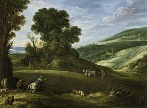 Heuvellandschap met jagers die door een pas geploegd veld lopen