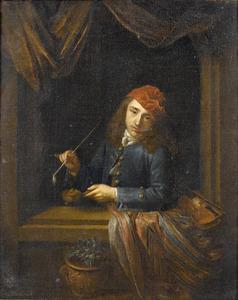 Jonge man met pijp, leunend op een raamkozijn
