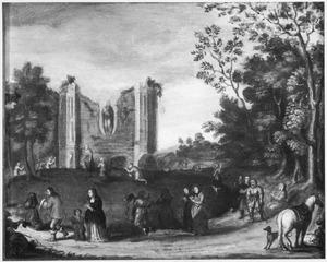 Ruïne van de kapel Onze-Lieve-Vrouw ter Nood in Heiloo met bedevaartgangers
