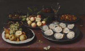 Stilleven met oesters en vruchten